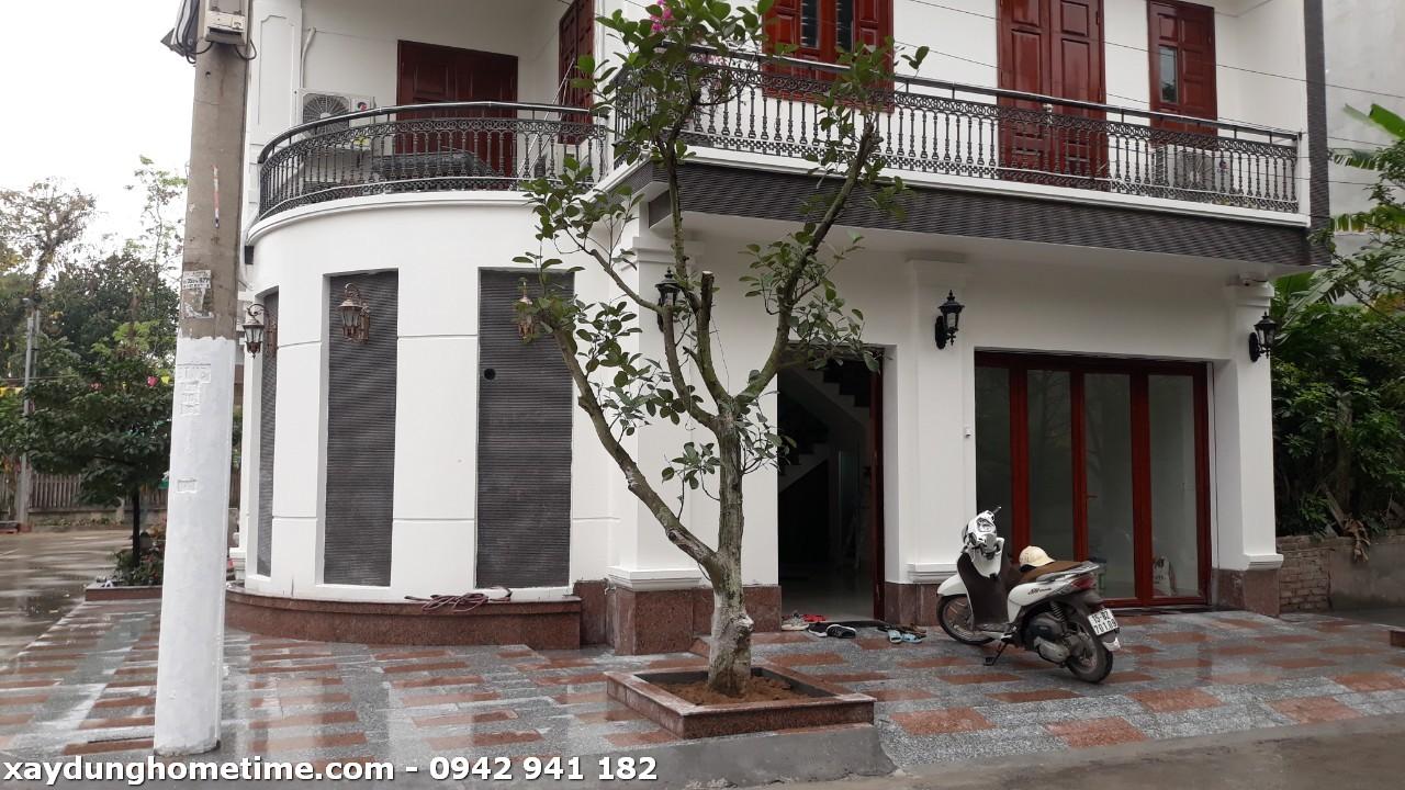 Ngôi nhà được xây dựng với hai mặt tiền khá đẹp
